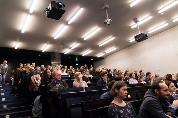 Publikum_Handke