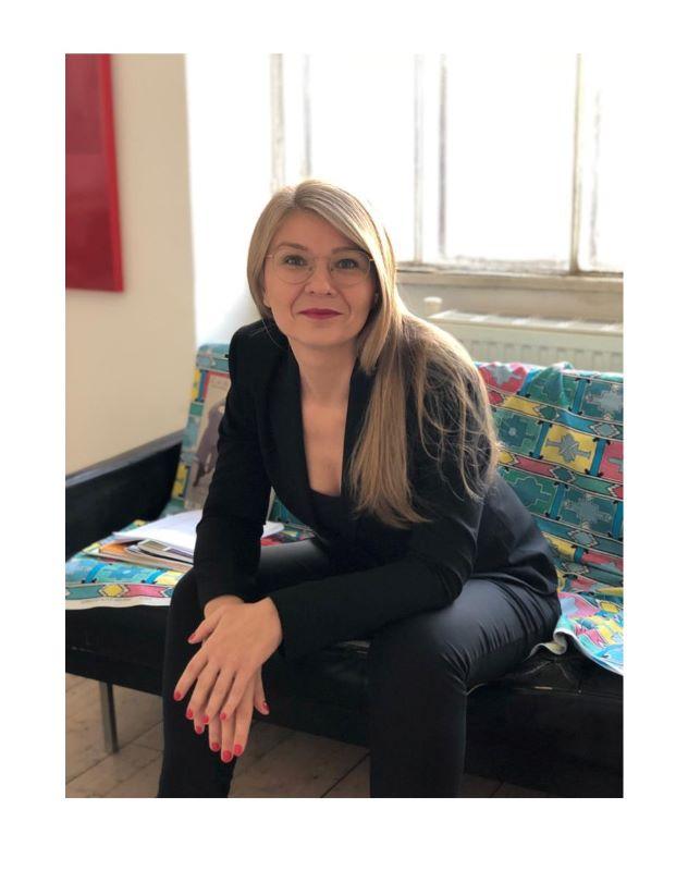 Ana Hoffner